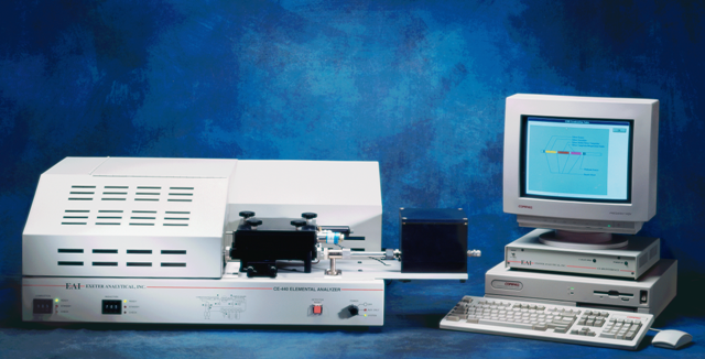 CE-440 有機微量元素分析装置(自動モード)